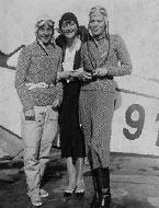 女性飛行のパイオニア、100歳に
